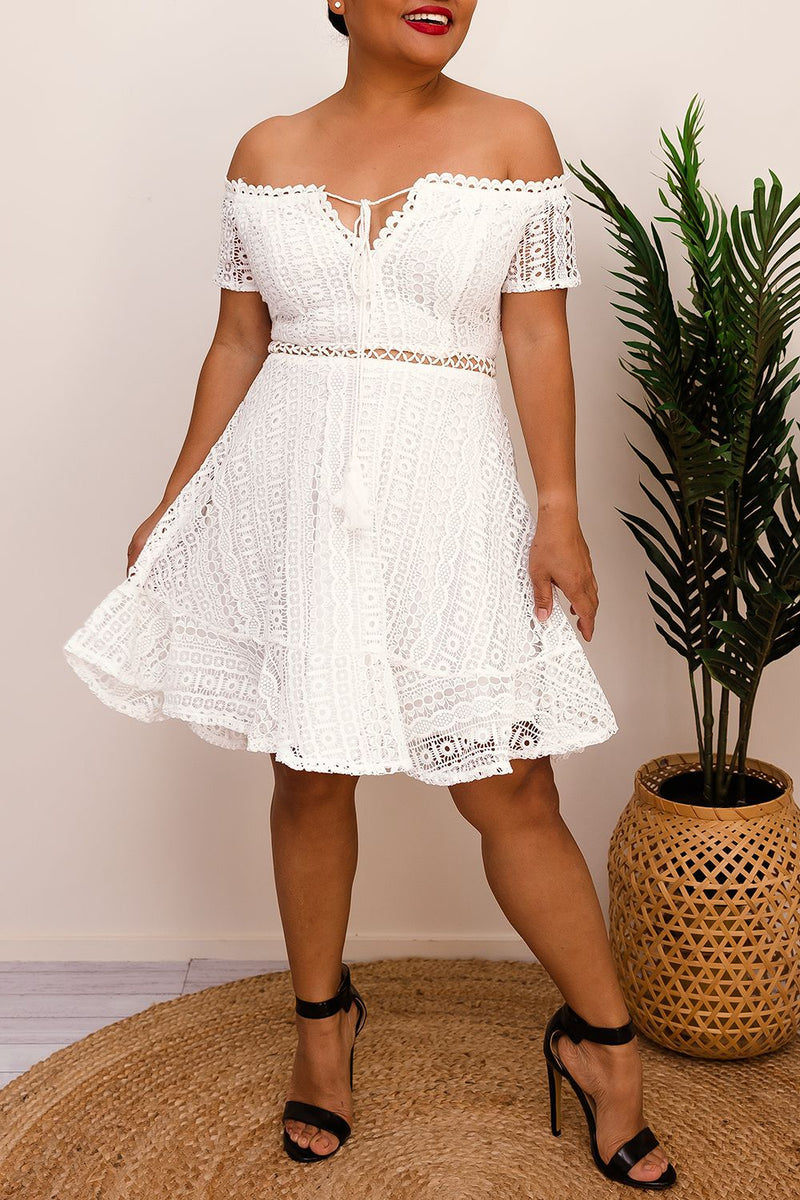 NISSA ALINE DRESS IN WHITE - Two Sisters Instyle