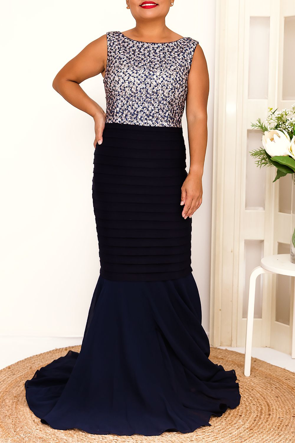 ROUX MAXI DRESS IN NAVY - Two Sisters Instyle
