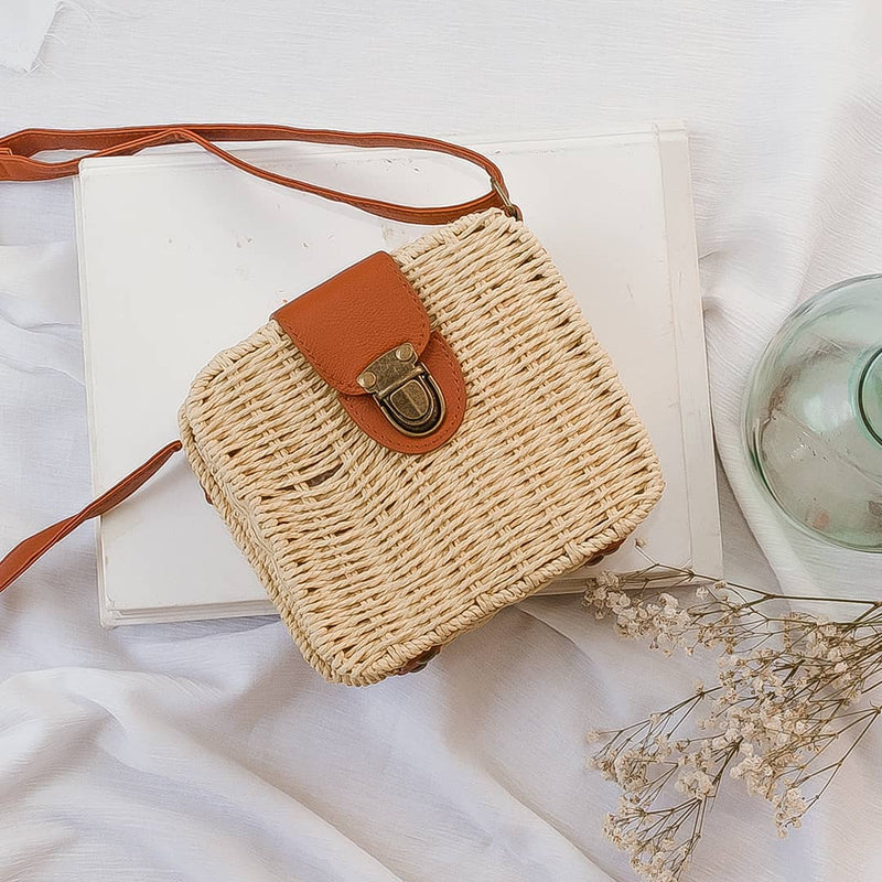 rattan sqaure natural bag