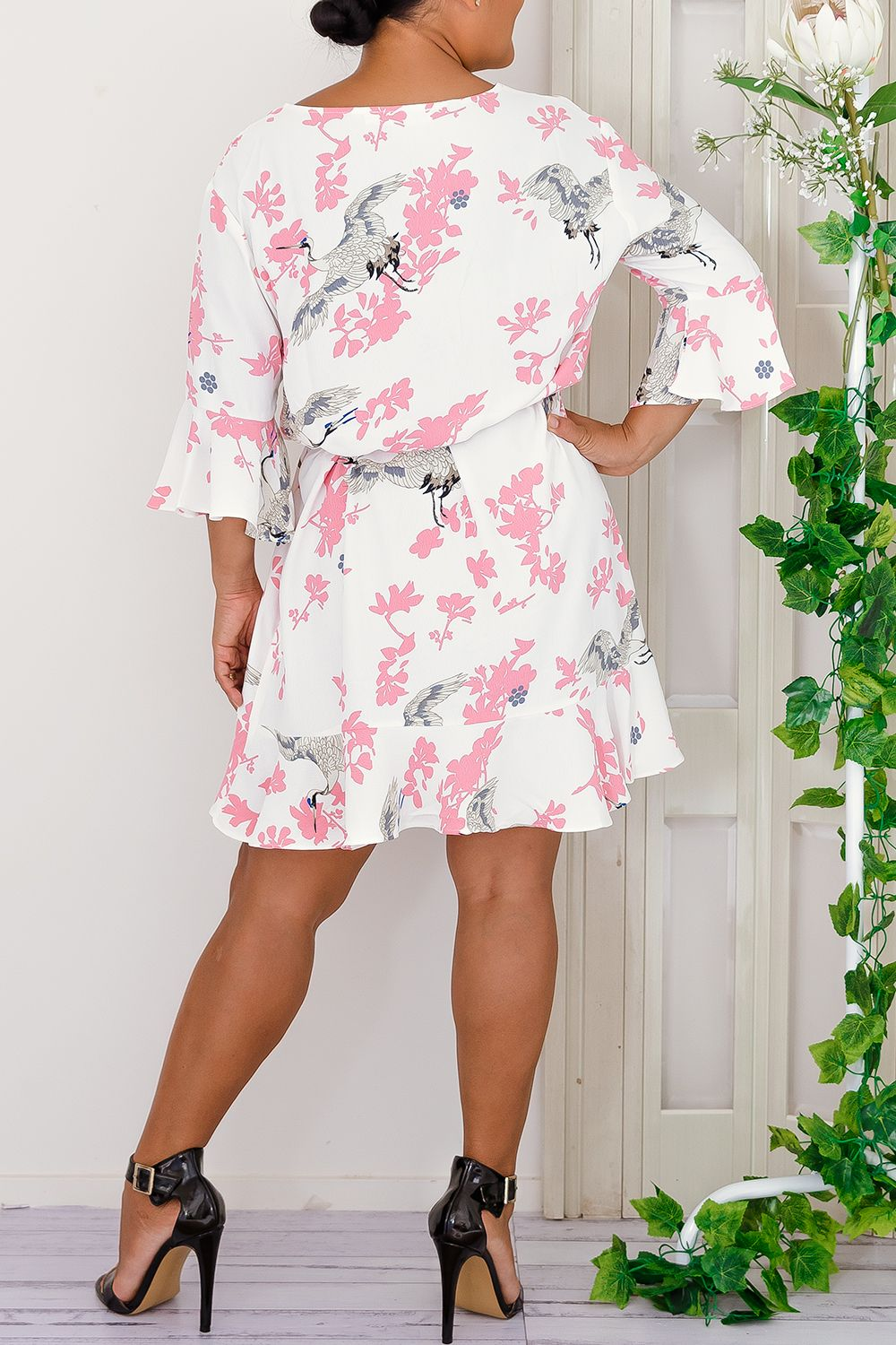 bird floral print midi sleeves 3/4 white pink ruffle dress