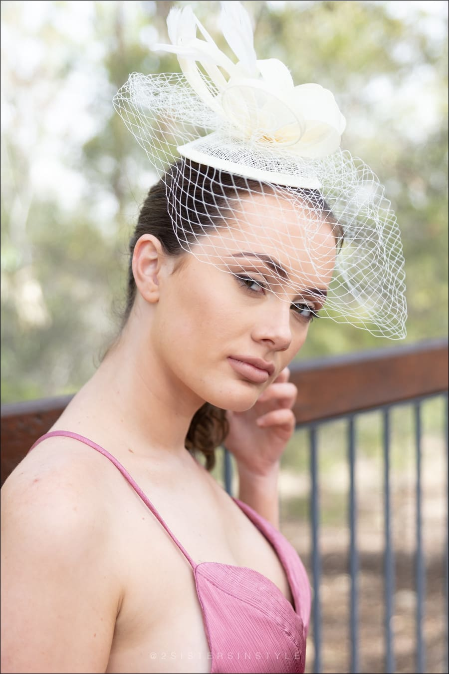GORGIE FASCINATOR - Two Sisters Instyle
