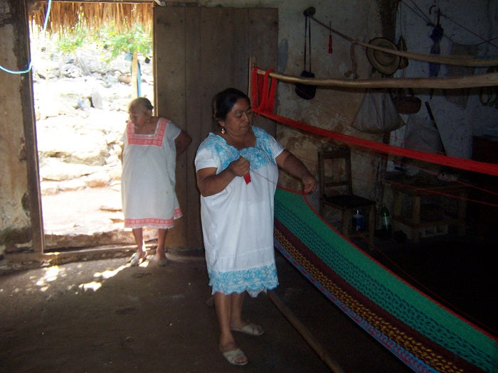 Hammock weaving in Mexico