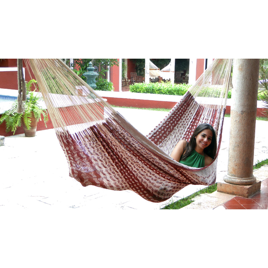 Two tone Mexican hammock - maroon and white