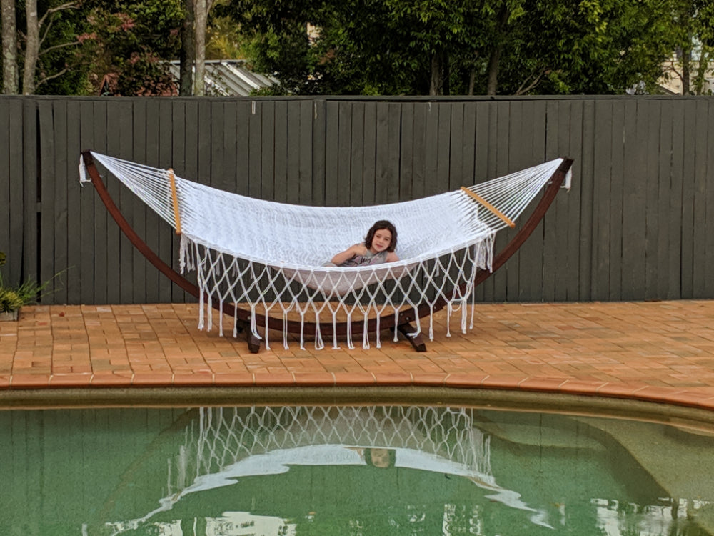 Mexican Woven Polyester Resort Style Hammock