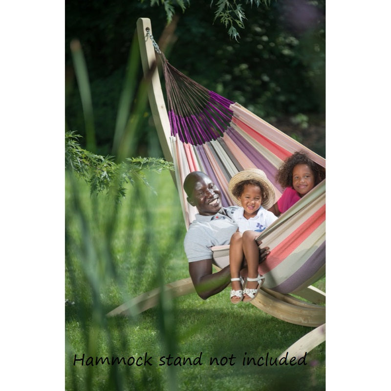 Family size weather resistant hammock