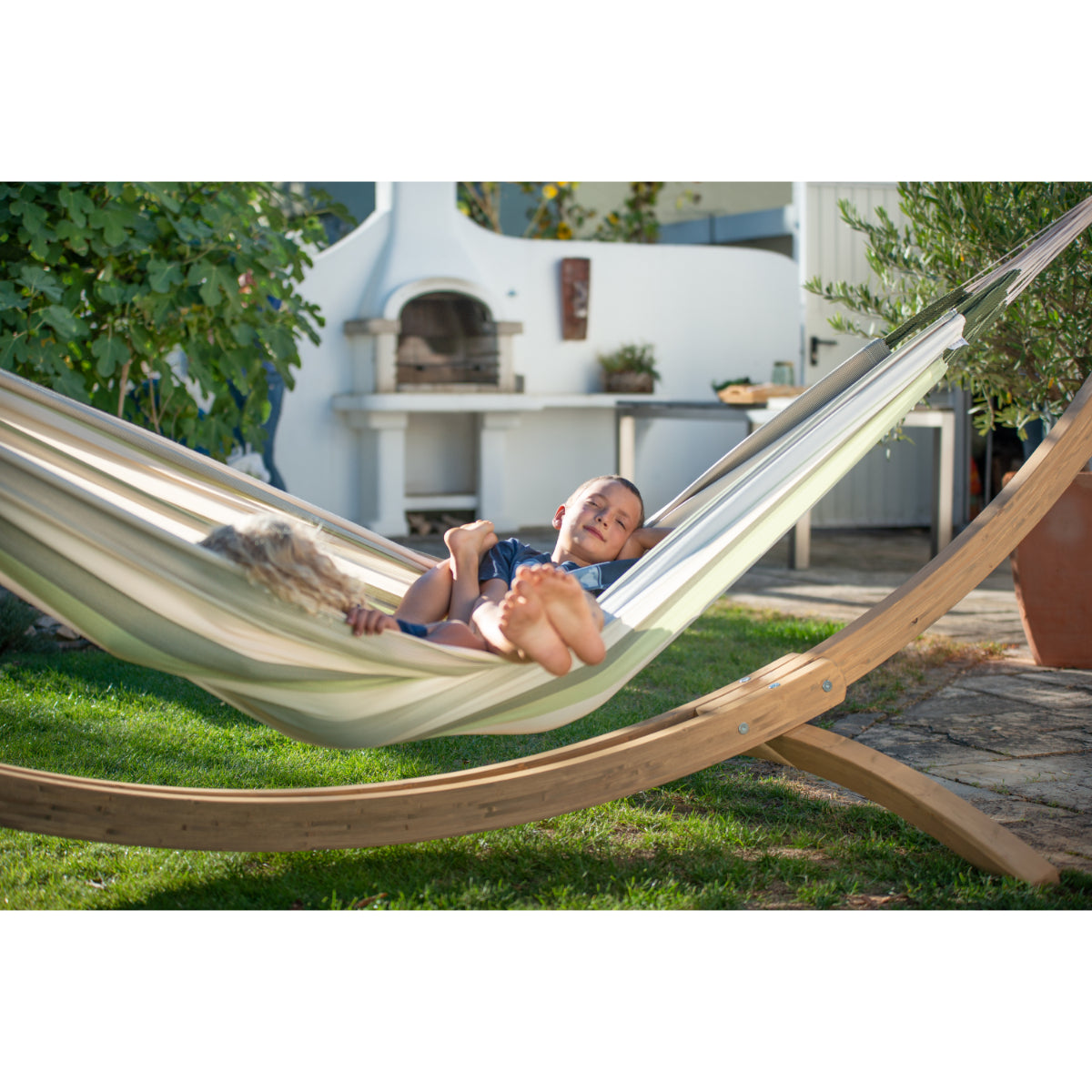 Double size hammock in neutral colours
