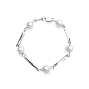 ROUND PEARLS WITH STERLING SILVER STRIPS