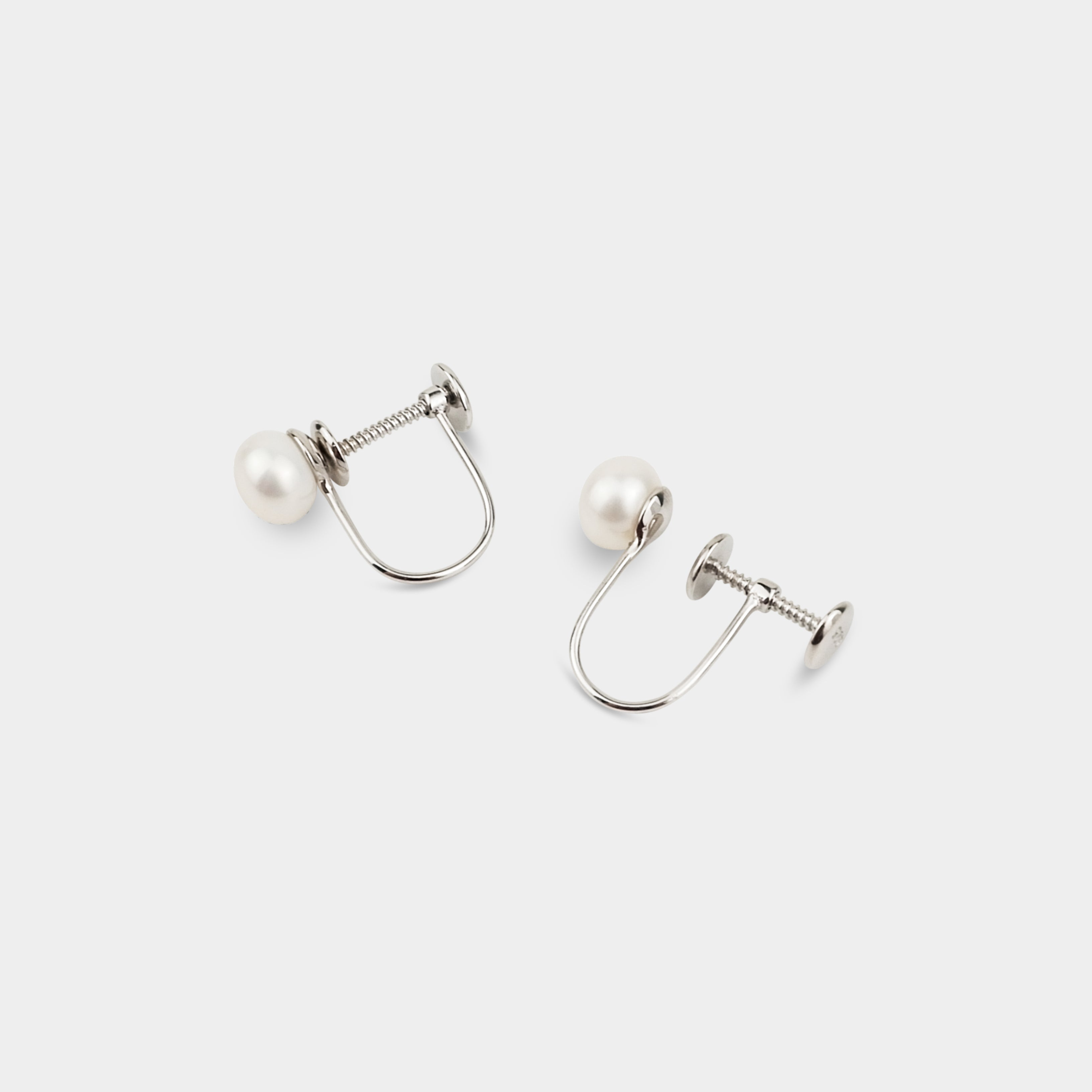 VERA PEARL CLIP-ON EARRINGS