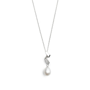 THE WATERFALL-LIKE CZ SILVER NECKLACE