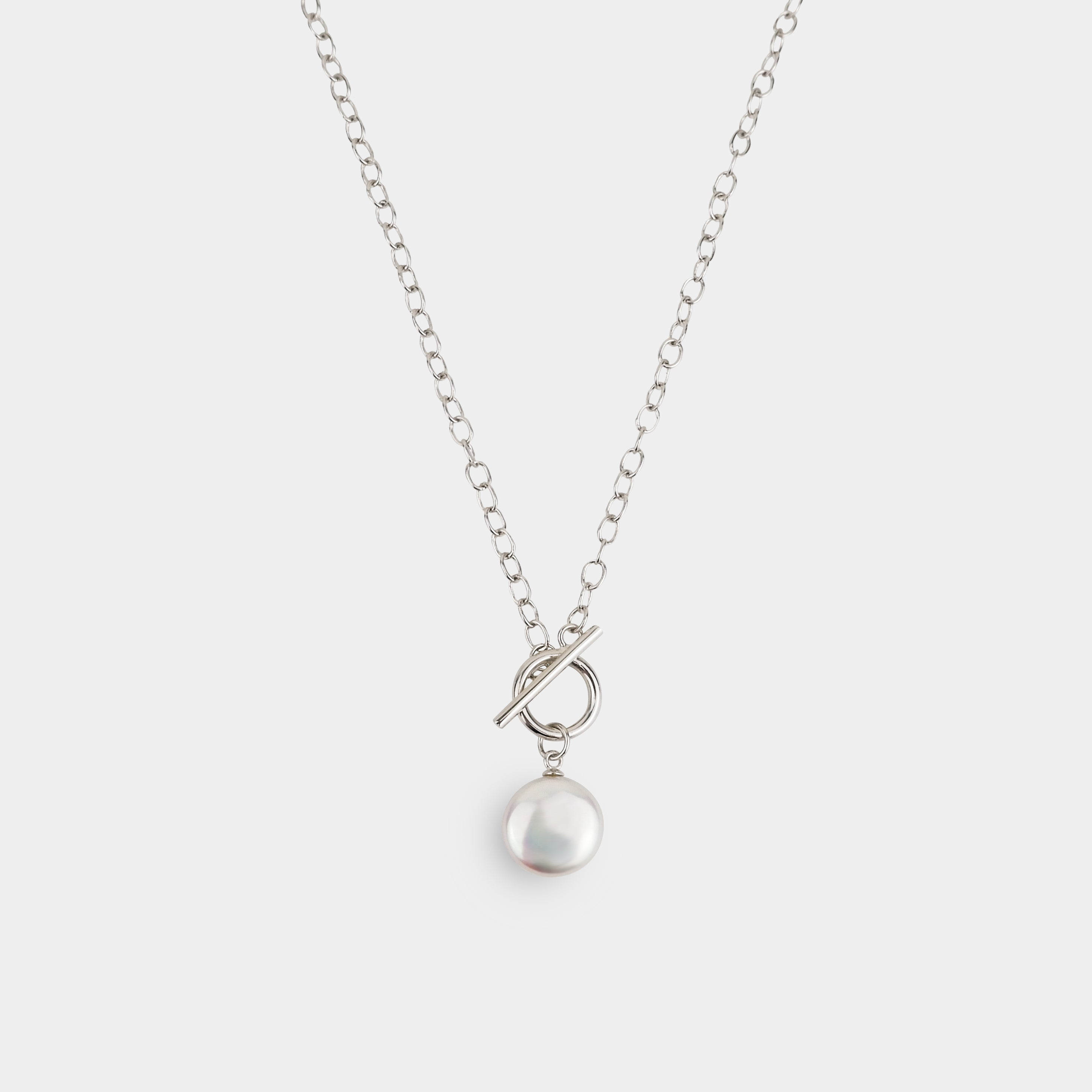 COIN PEARL AND SILVER CIRCLE PENDANT