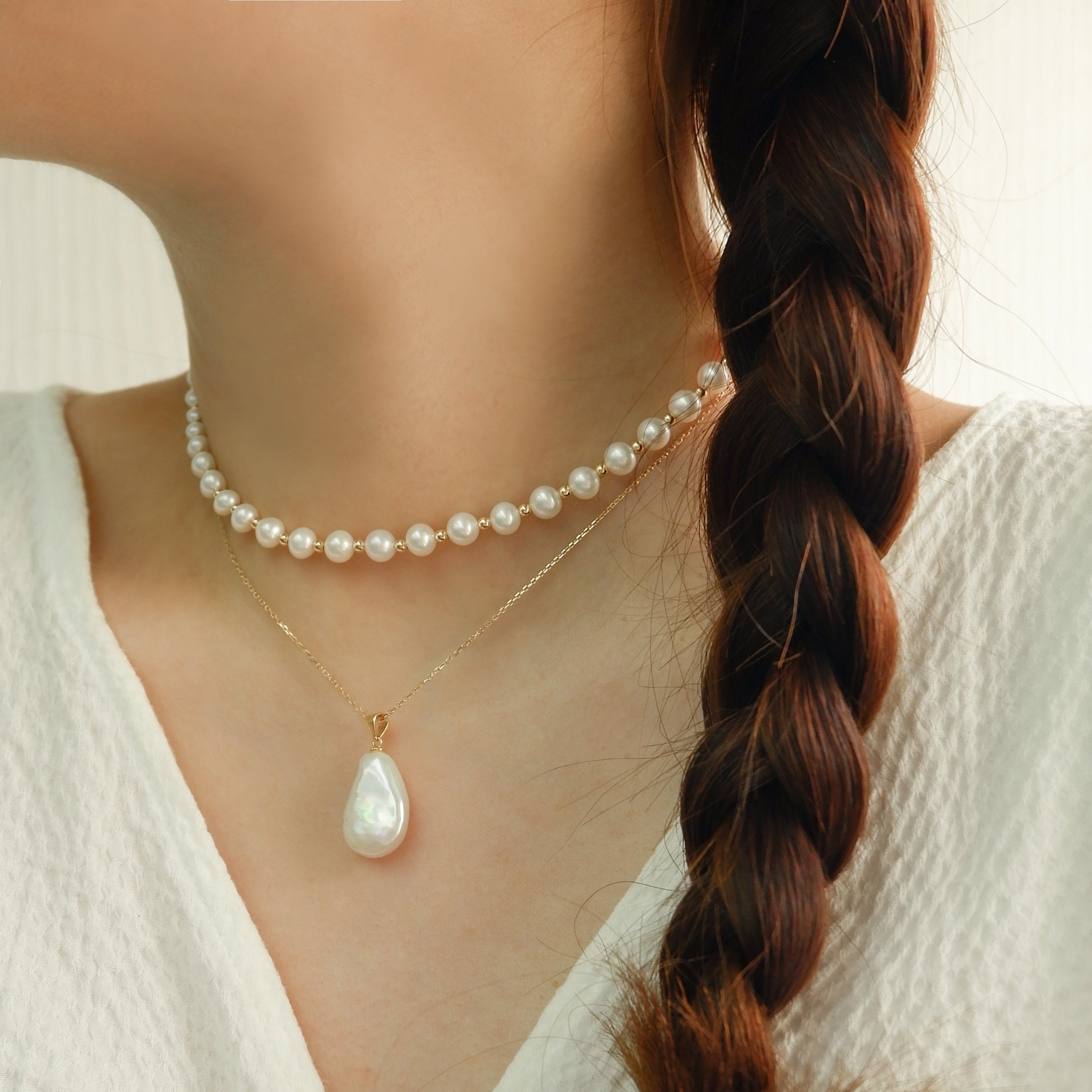 DOUBLE LOVE PEARL BEADED NECKLACE