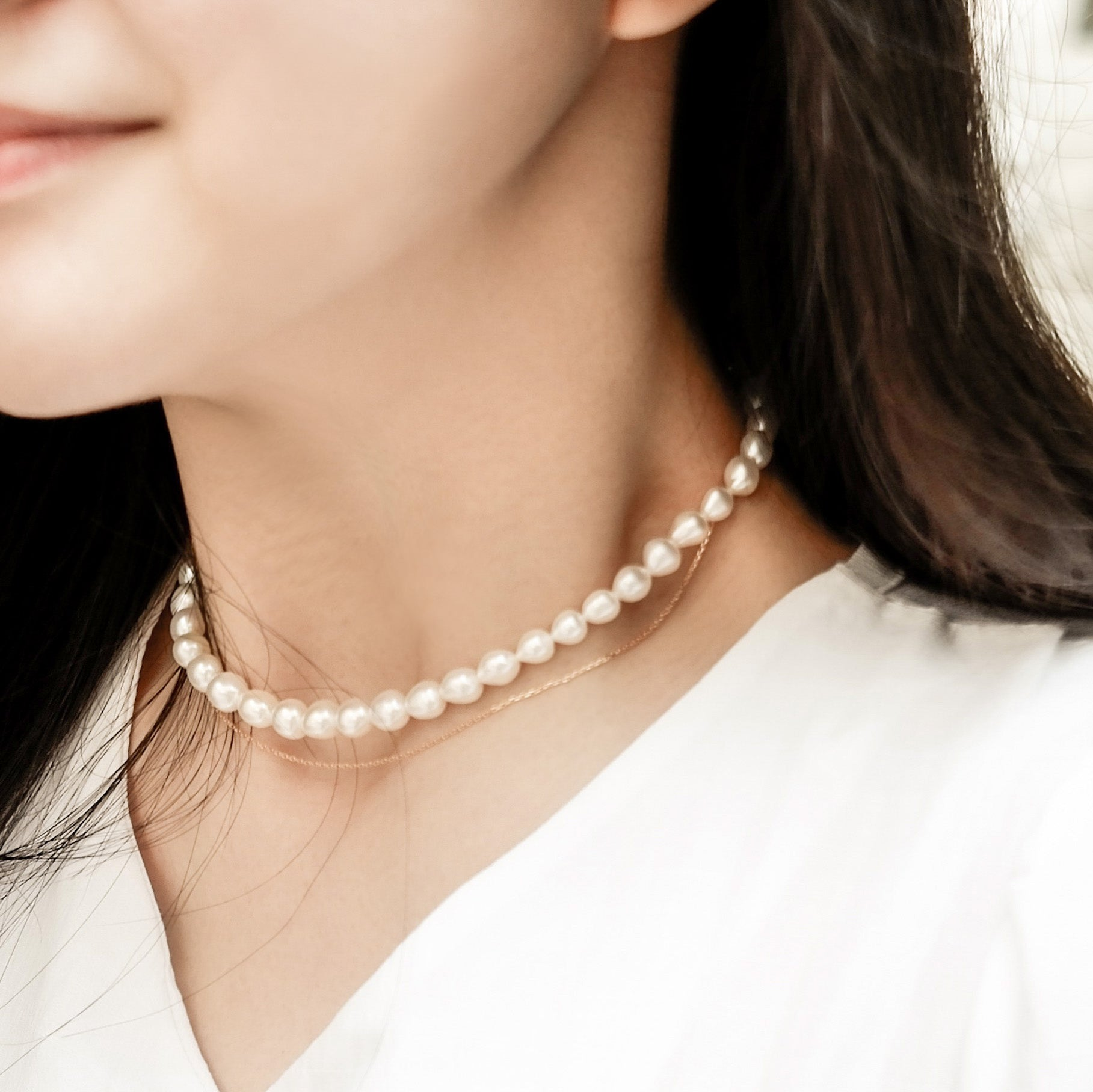 THE CLASSIC PEARL-SILVER LAYERING CHOKER