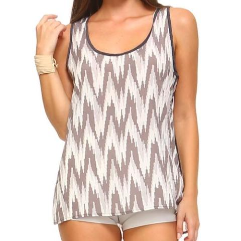 Sleeveless Scoop Neck Tank Top