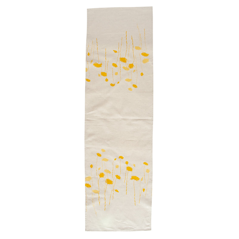 Table Runner 'Everlastings' in Yellow