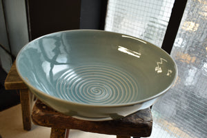 Green Bowl XL | Spiral Pattern Inside | Celadon | Glazed