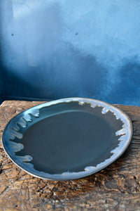Black Plate | M | Uneven Shape | Blue Glazed Rim
