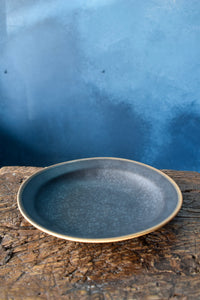 Black Shallow Bowl | M | Speckled | Matte