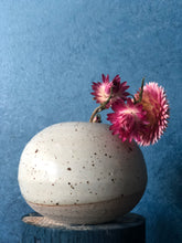 White Speckled Round Vase XS | Raw Surface around Foot