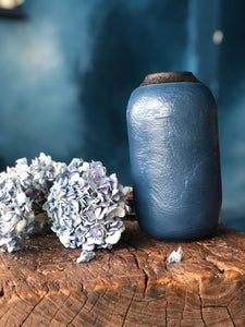 Full Bodied Deep Blue Vase with Rustic Rim | M | Textured Surface