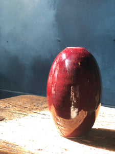Sang de Boeuf / Ox Blood / Shinsha / Copper Red Ox Blood Vase Product from Master Padung