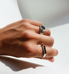 SLIM OSLO ONYX RING - Leo Chevon (4578829140104)