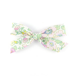Handtied Bow - Betsy Valentine (Valentine Collection)