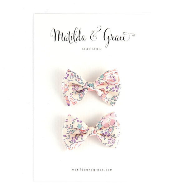 Mini Classic Bow - Pale Pink Felicite