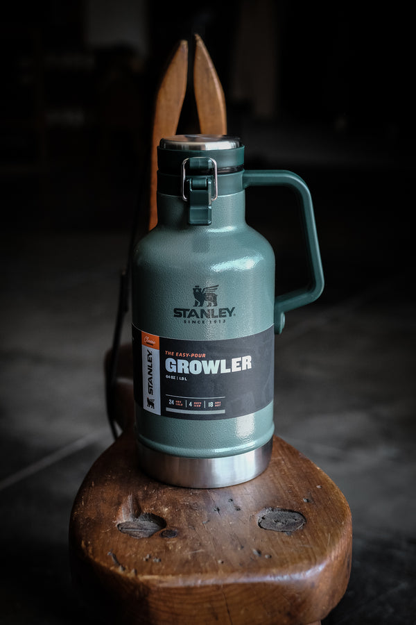 Classic Easy-Pour Growler 64oz - Hammertone Green