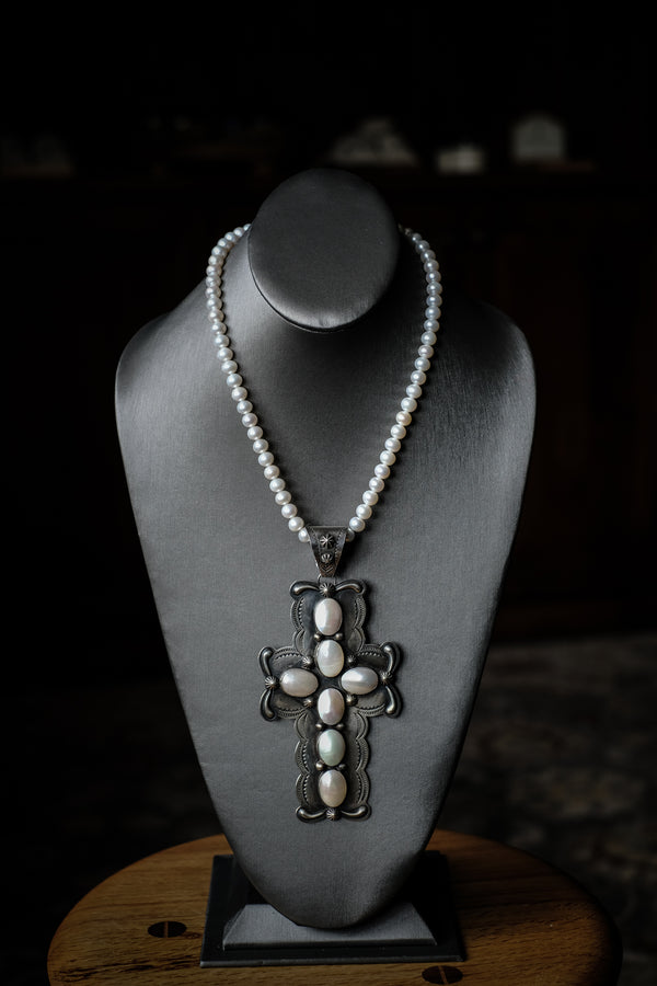 "18.5"" Fresh Water Pearls, Dean Sandoval Pendant + Sterling Silver Necklace"