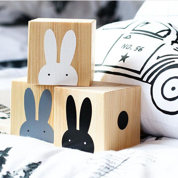 *SET - Wooden Rabbit Trio