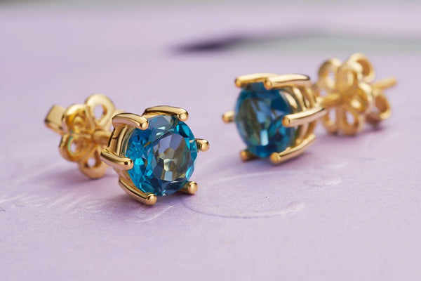 Bông tai Vàng 14K Đá quý London Blue Topaz 6 prong gold earrings - AME Jewellery