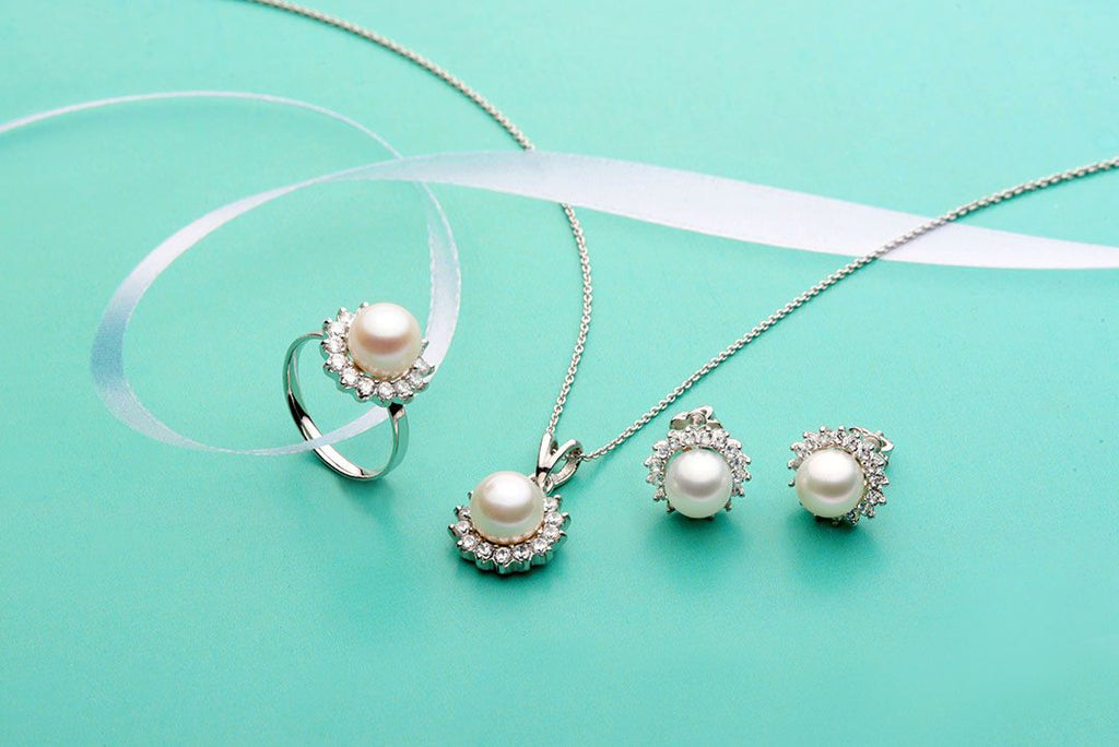 Trang sức Ngọc trai nước ngọt trắng Freshwater  Pearl Sunflower Jewelry - AME Jewellery