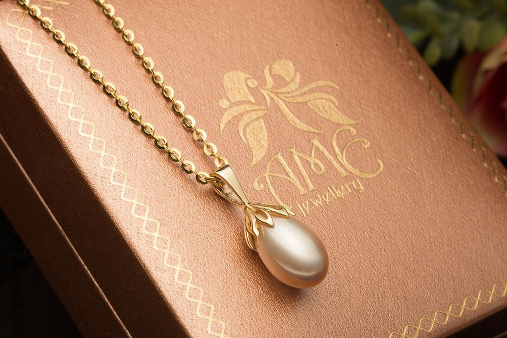 Lavender Freshwater Drop Pearl Pendant in 14K Yellow Gold - AME Jewellery