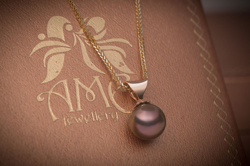 Mặt dây Ngọc trai Peacock Freshwater Pearl Vàng hồng 14K AME Jewellery