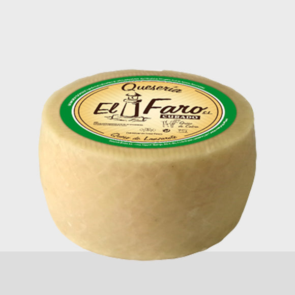 El Faro Natural Goat cheese from Lanzarote