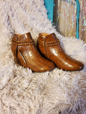 Croc Booties Brown