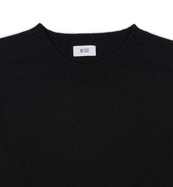 Kilbirnie Geelong Crew Neck Sweater in Black
