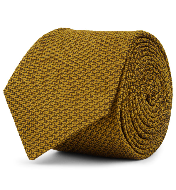 Textured Weave Silk Tie in Gold