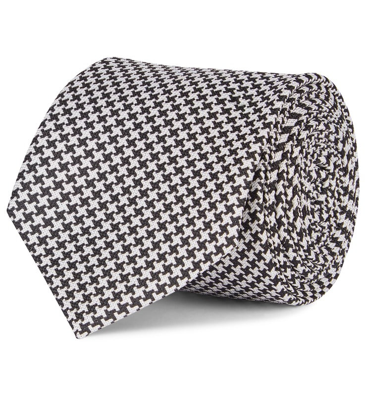 Fine Houndstooth Silk Tie in Black
