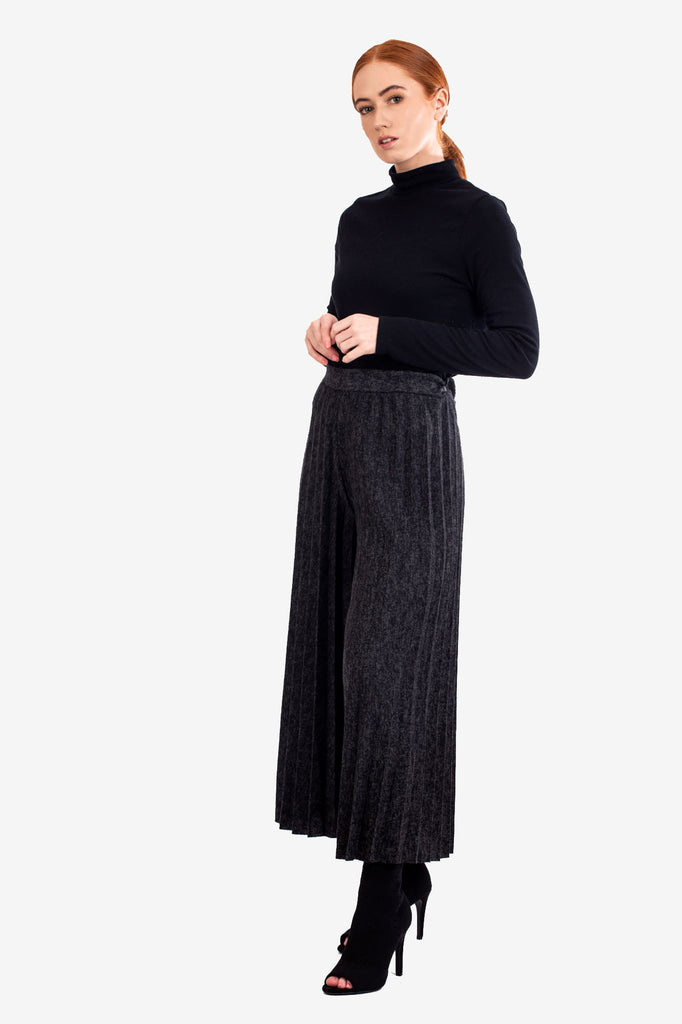 Pleated Knitted Culottes