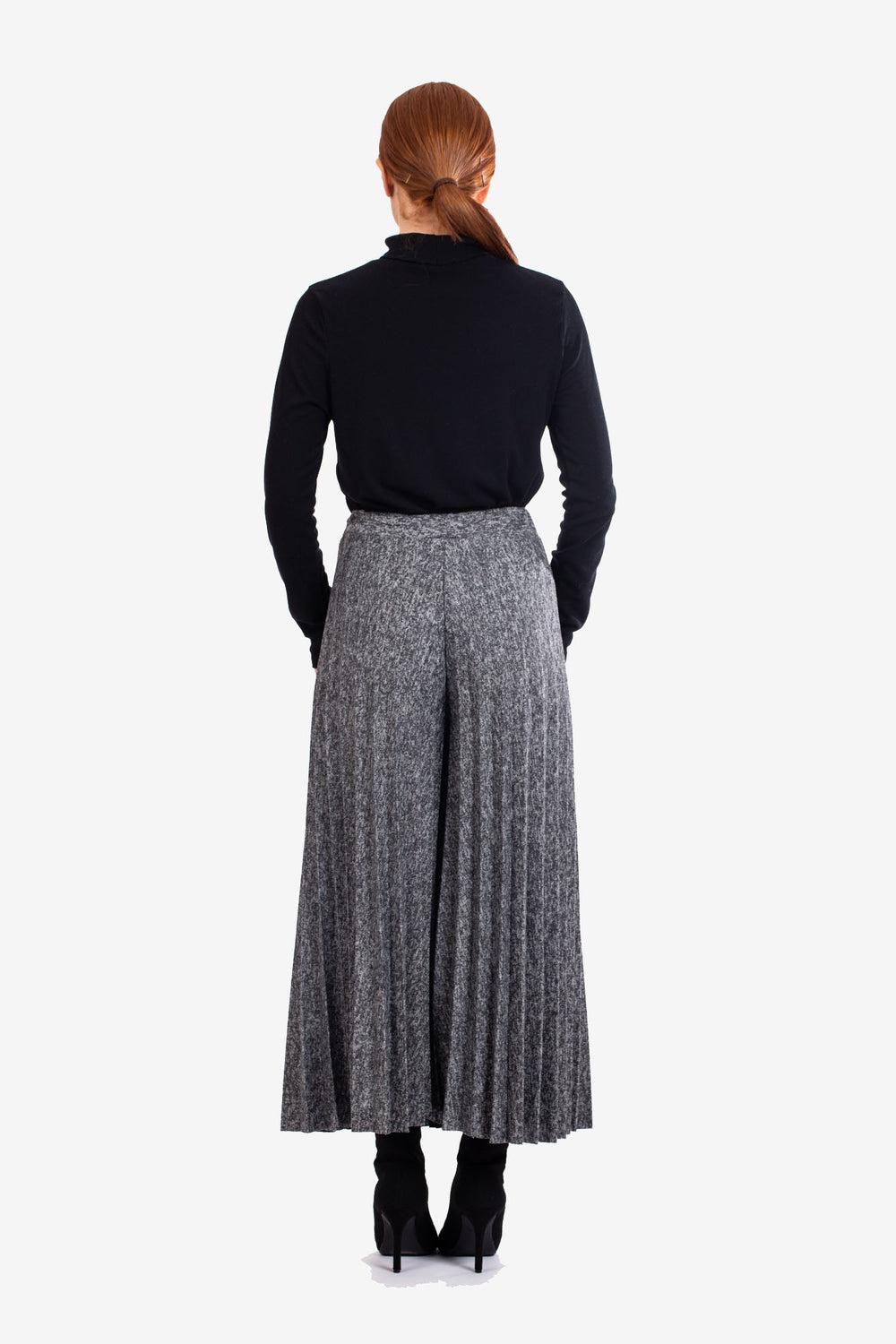Grey Pleated Knitted Culottes
