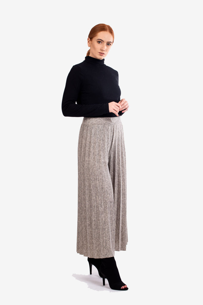 Stone Pleated Knitted Culottes