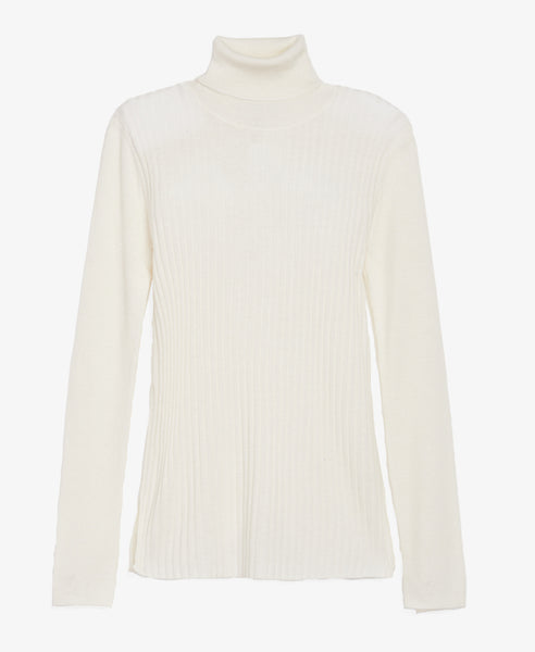 Ribbed Ivory Turtleneck
