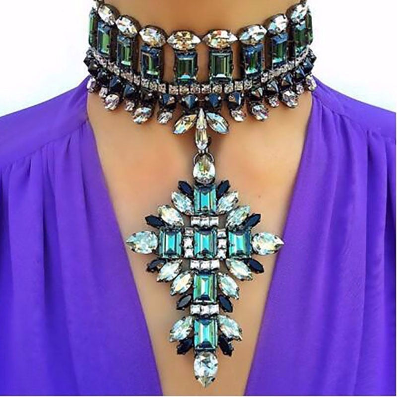 JAW DROP NECKLACE