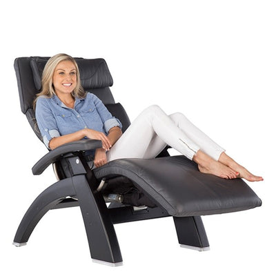 Women sitting upright in the  Perfect Chair PC-Live