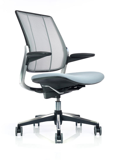 Diffrient Smart Chair by Humanscale