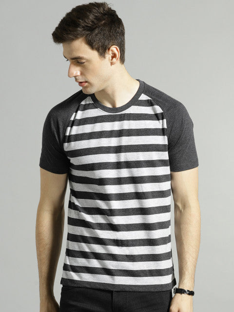 Roadster Men Charcoal Grey Striped Round Neck T-shirt