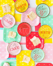 HIP HIP HOORAY CAKE PLATE SET