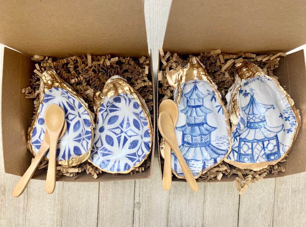Blue and White Oyster Salt & Pepper Set - PREORDER