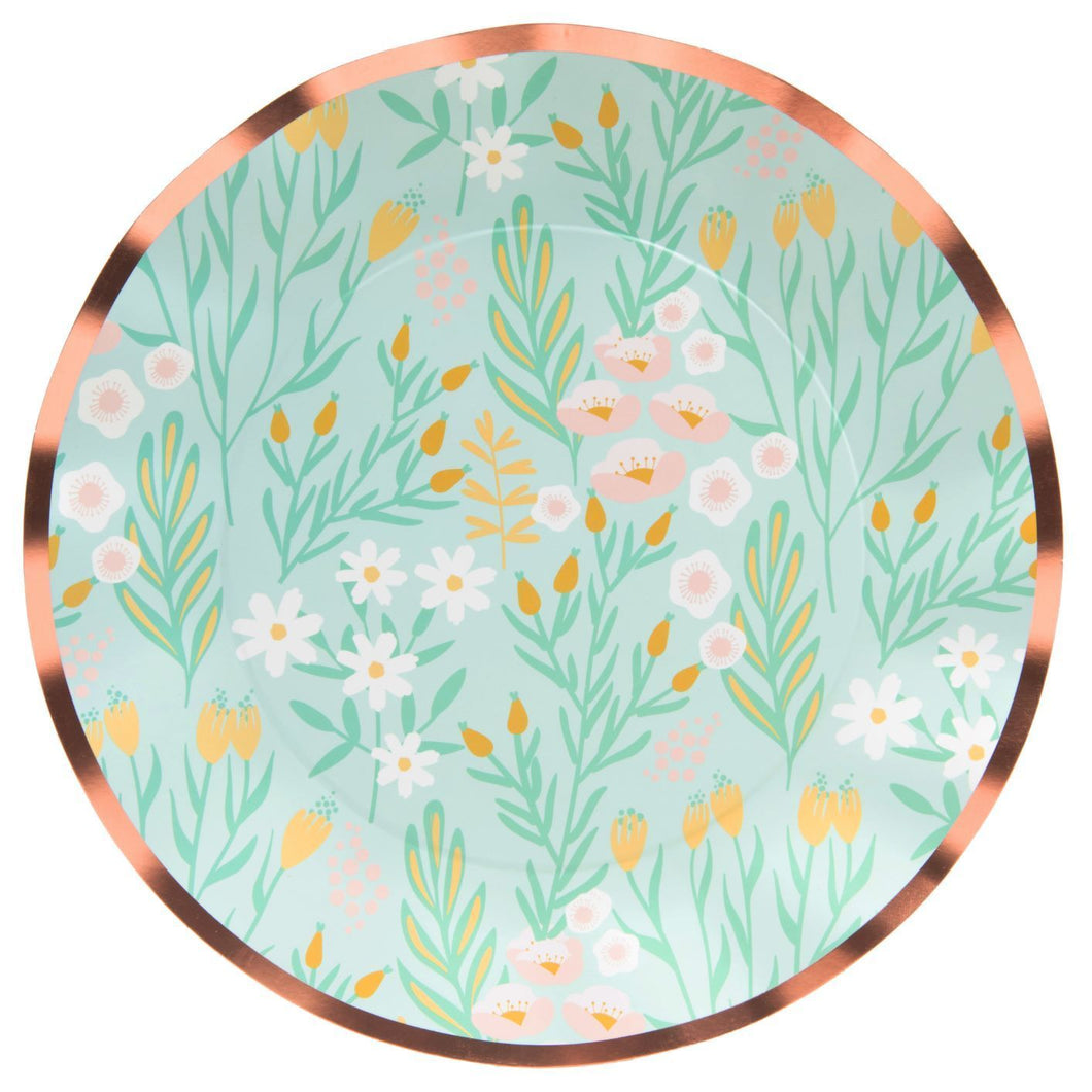 Wavy Dinner Plate Blossoms